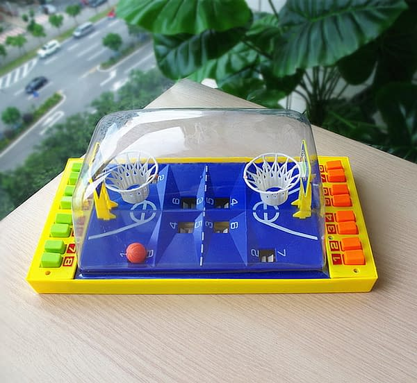 Basketball or Soccer Board Game Refuse You Lose color: Light Green|Light Yellow|Blue|Green