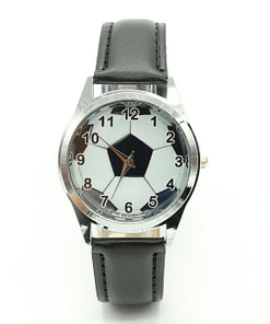 https://refuseyoulose.com Football Ball Pattern Quartz Watch Soccer Products ⚽️ color: Black Refuse You Lose https://refuseyoulose.com/shop/football-ball-pattern-quartz-watch/